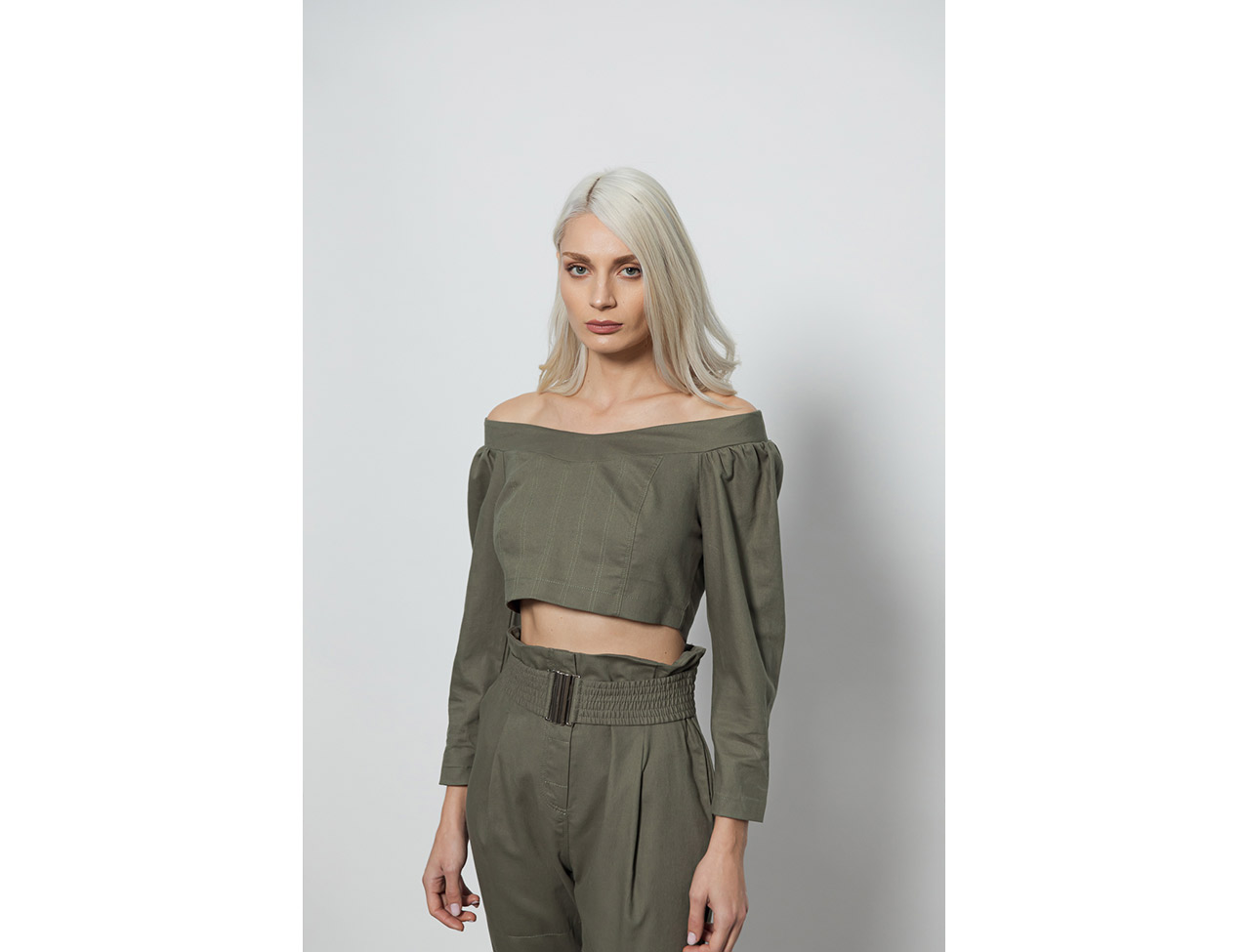 The Clavicle Crop Top-KHAKI - 4tailors